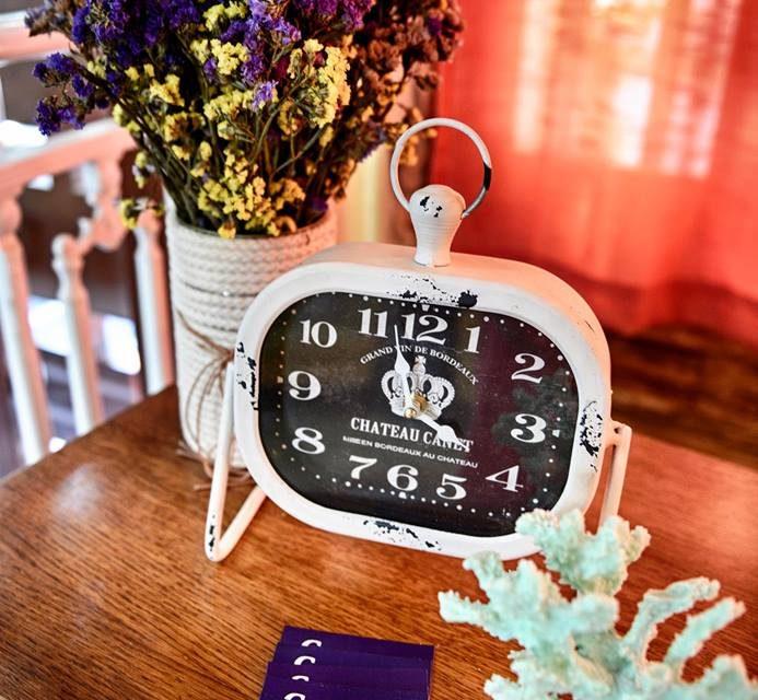 Vindage Clock